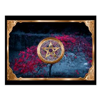 Cartão Postal O Pentagram pagão de Wiccan altera o pano