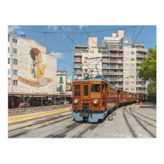 Cartão Postal O trem de Sollér chega em Palma, Mallorca.