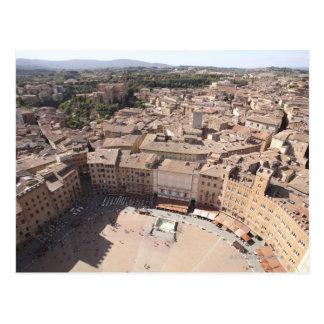 Cartão Postal Opinião de ângulo alto de Townscape, Siena, Italia