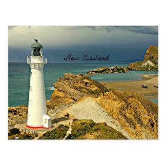 Cartão Postal Paisagem de Nova Zelândia com farol
