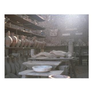 Cartão Postal Pompeii, armazenamento para descobertas
