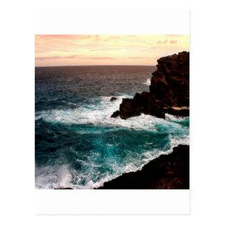 Cartão Postal Rocha preta Coast.jpg da água