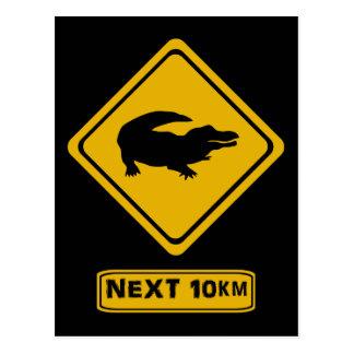 Cartão Postal sinal de estrada do crocodilo