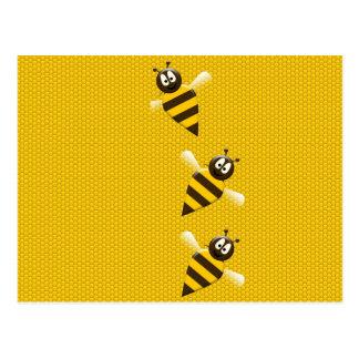 Cartão Postal Teste padrão abstrato amarelo bonito das abelhas