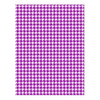 Cartão Postal Teste padrão roxo de Houndstooth