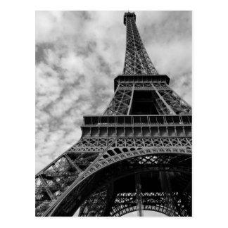 Cartão Postal Torre Eiffel preta & branca de baixo - da cidade