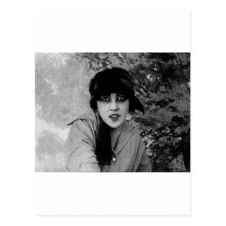Cartão Postal vampiro da senhora