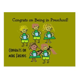 Cartão pré-escolar dos congrats cartão postal