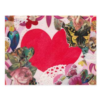 Cartão romântico dos namorados do coração com cartão postal
