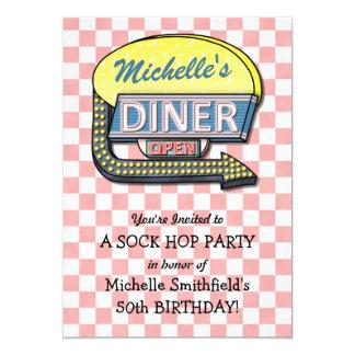 Cartão Tema retro da festa de aniversário do salto da