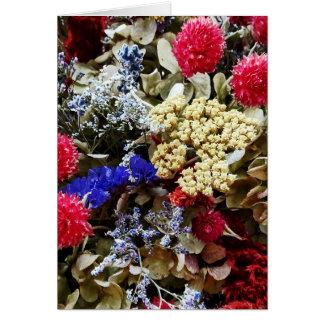 Cartão Variedade de flores secadas