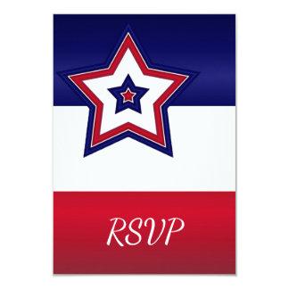 Cartão vermelho das estrelas brancas & azuis RSVP