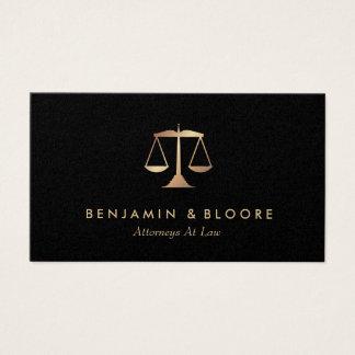 Cartões de visitas dourados do advogado da escala