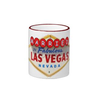 Casado na caneca fabulosa de Las Vegas
