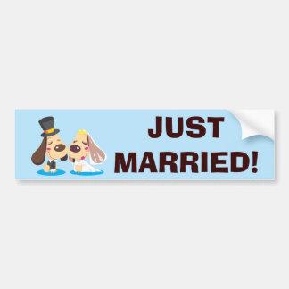 Casal casado do cão adesivo para carro