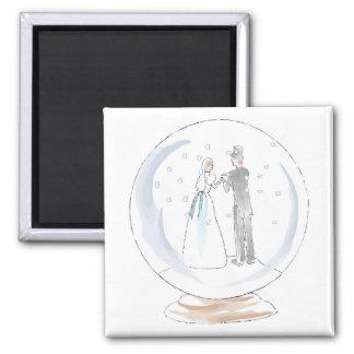 Casal do casamento do globo da neve ímã quadrado