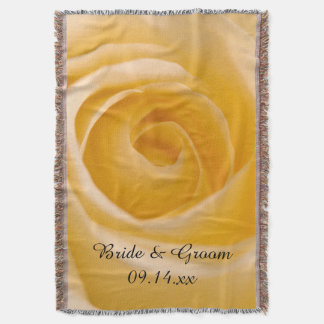 Casamento da flor do rosa branco coberta