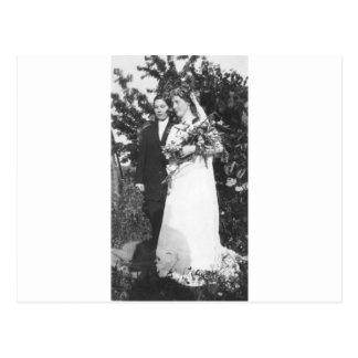 Casamento lésbica cerca de 1920 cartão postal