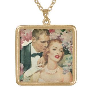 Casamento vintage, noivos com flores cor-de-rosa colar banhado a ouro