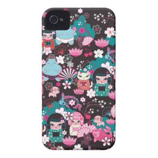 Caso de Cuties Kawaii Blackberry do quimono pelo f iPhone 4 Capas