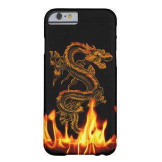 Caso do iPhone 6 do dragão do fogo da fantasia Capa Barely There Para iPhone 6