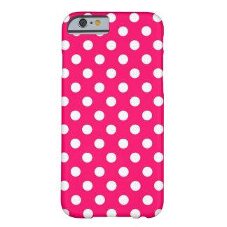 Caso retro do iPhone 6 das bolinhas do rosa quente Capa Barely There Para iPhone 6