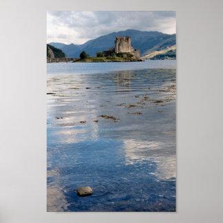Castelo Eilean Donan em Scotland Posteres