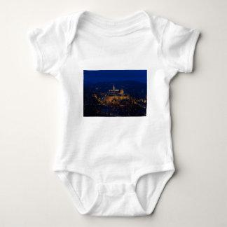 Castelo Hungria Budapest de Buda na noite T-shirt
