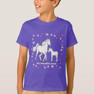 "Cavalo branco - ""meu cavalo bonito "" camisetas"