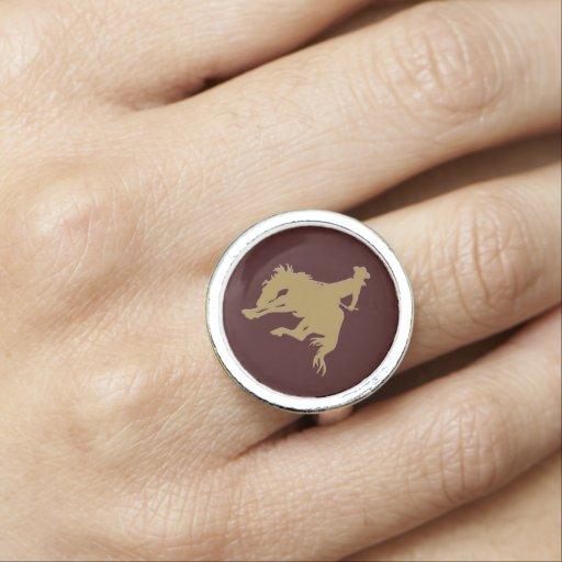 Cavalo Bucking do ouro de Brown Anéis