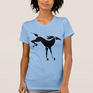 cavalo bucking camiseta