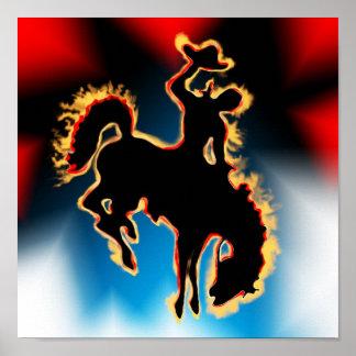 Cavalo e vaqueiro Bucking do bronco do rodeio ocid Poster