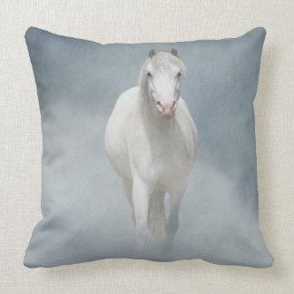 Cavalo nas nuvens almofada