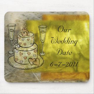 Celebração do casamento dourado mouse pad