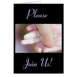 Celebração dos dedos santamente de um bebé do cartão comemorativo