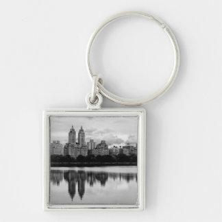 Central Park, skyline de NYC Chaveiro Quadrado Na Cor Prata