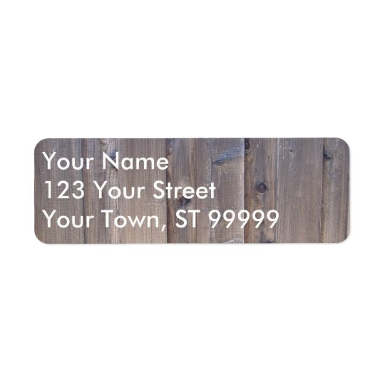 Cerca de madeira resistida etiqueta endereço de retorno