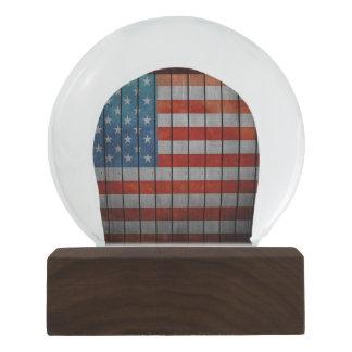 Cerca pintada da bandeira americana