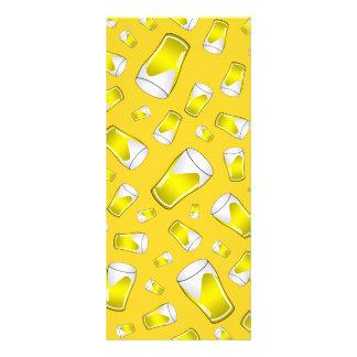 Cerveja amarela 10.16 x 22.86cm panfleto