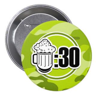 Cerveja engraçada 30 camo verde-claro botons