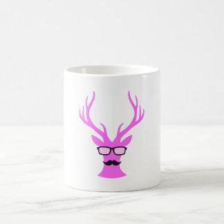 Cervos cor-de-rosa do Natal com vidros do bigode e Canecas