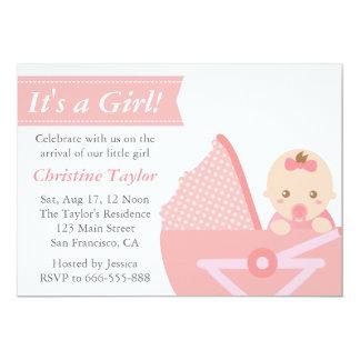 Chá de fraldas da menina - bebé bonito no carrinho convites personalizado