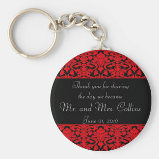 Chaveiro preto e vermelho do favor do casamento te