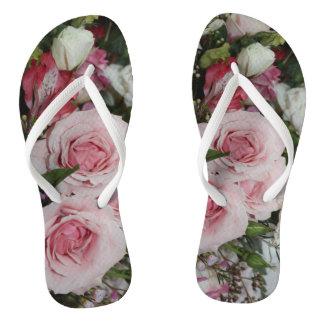 Chinelos do rosa do rosa