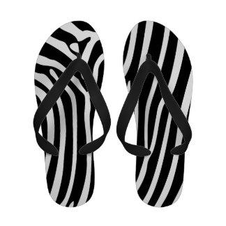 Chinelos preto e branco do impressão da zebra