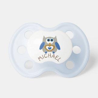 Chupeta Brown e Pacifier azul do nome do bebé da coruja