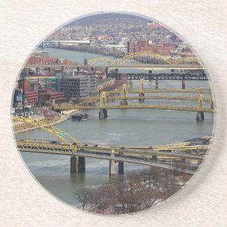 Cidade das pontes porta copos de arenito