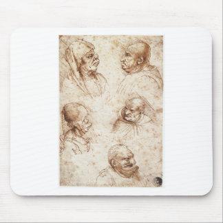Cinco cabeças da caricatura por Leonardo da Vinci Mouse Pad