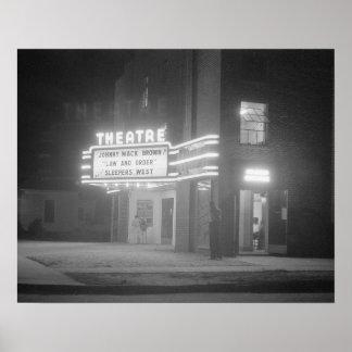 Cinema em Noite, 1941. Foto do vintage Poster