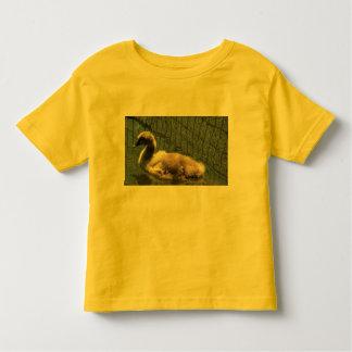 Cisne do bebê para o Tshirt da criança